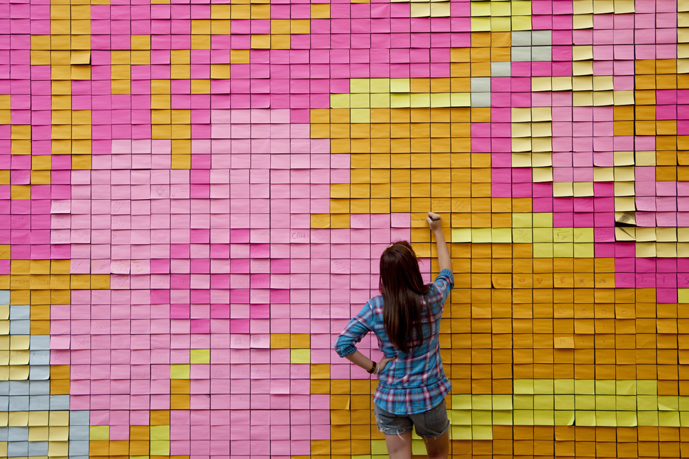 Murales con Post-It